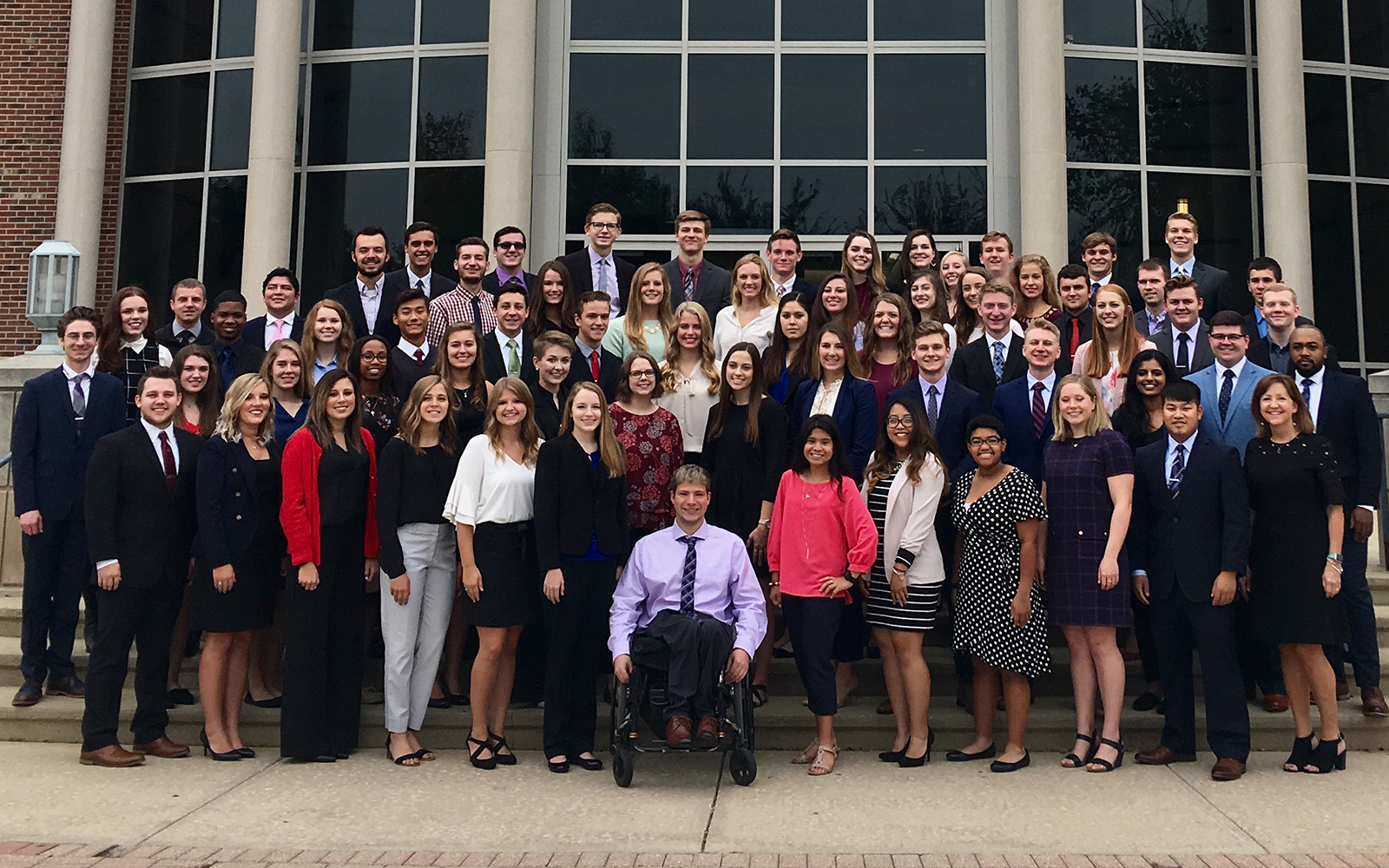 Olivet_mcgraw_school_business_competition_enactus_student_leadership_web3.jpg